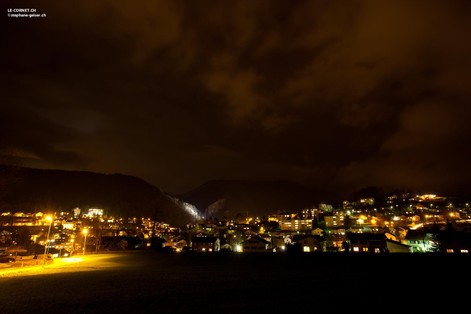 Ville de Moutier de nuit